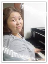 ピアノ講師写真